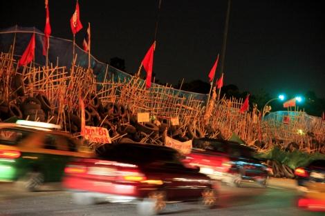 Das befestigte Protestlager der Rothemden in Bangkok, das am 19. Mai vom Militär gestürmt wurde. Foto: Lee Yu Kyung