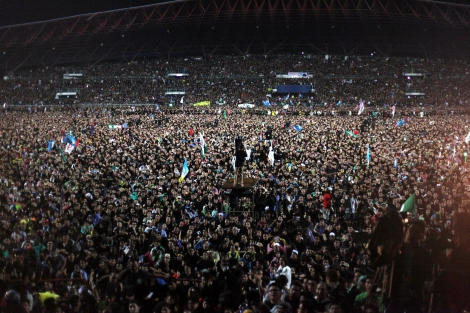 'BLACK 505' (or 'BLACKout505') protest tour was kicked off at Kelena Jaya stadium in outskirt of Kuala Lumpur. Since the result of elections was heavily disputed for irregularities, opposition has continued protest tour in different states of the country. (Photo © Lee Yu Kyung)
