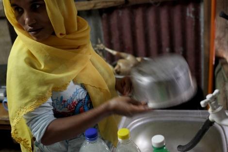 살리마 누라 아흐마드 (25)는 2006년 먼저 말레이시아에 와 있던 남편과 2011년 재회했다. 재회 후 부부는 딸 하나를 낳았고 살리마의 '몸값'으로 빌렸던 돈을 아직 갚으며 페낭에 살고 있다. (Photo © Lee Yu Kyung)