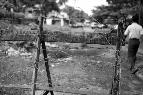 Aung Mingalar is the last Muslim quarter in Sittwe left after a massacre in 2012. Residents are confined within the quarter surrounded by checkpoints and barbed wire. (Photo © Lee Yu Kyung 2013)