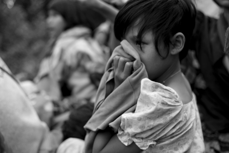 Black smog and dust have caused severe headache dizziness and suffocation. (Photo © Lee Yu Kyung 2013)