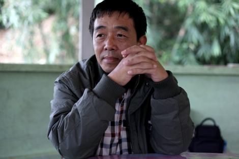 카친독립군 (KIA) 부사령관 군모 소장 (Maj-Gen. Sulmut Gun Maw)은  단순히 휴전협정에  사인만 하는 게 아니라  정치 협상을  병행하길 원한다.  정치적 의제와  향후  소수민족의  자치를  보장할  내용이  없는  협정문에는  사인하지  않을 거라는 게 그가 말하는 KIO입장이다. (Photo © Lee Yu Kyung 2013)