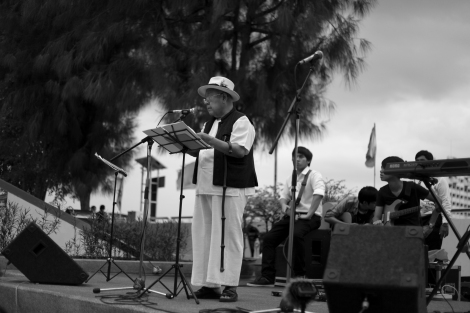 Ajarn Sulak Sivaraksa, on speech in commemoration of the October 6 Massacre 술락 시바락사, 사회 원로 운동가  (Photo © Lee Yu Kyung 2014)