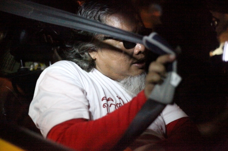 Pansak Srithep was a driver of one of several taxis by which students activists got on to move safe house. Pansak is pro-democracy activist and taxi driver who lost his son during the bloody crackdown in 2010. (© Lee Yu Kyung 2015)