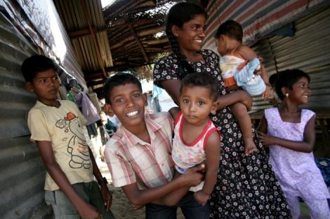 Tamil IDPs, Sri Lanka  (© Lee Yu Kyung 2009)