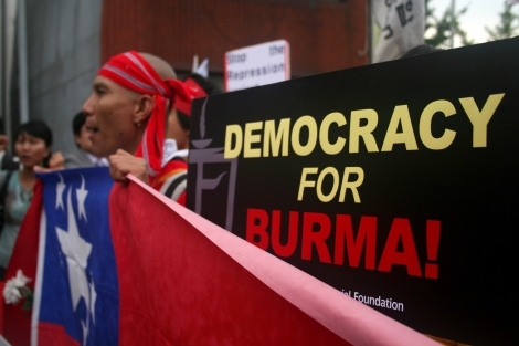 Democracy For Burma (© Lee Yu Kyung)